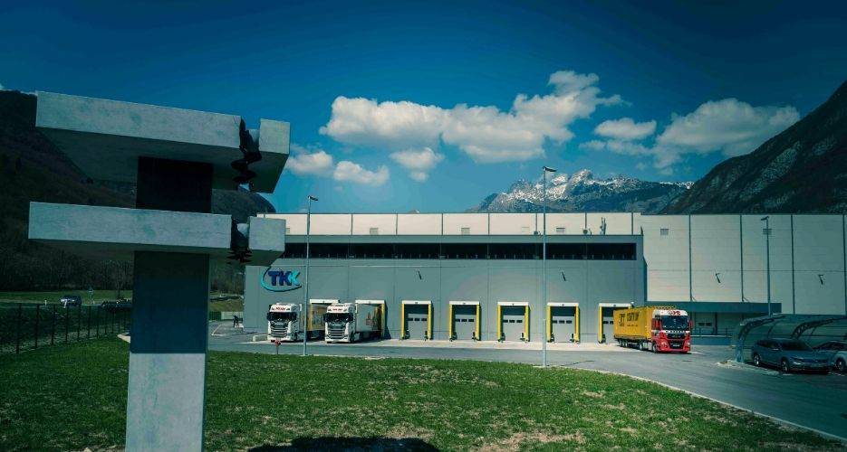 New building with high-rack warehouse TKK in Srpenica